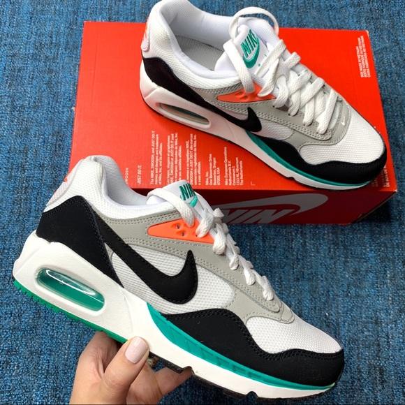 NIB Nike Air Max Correlate Sneakers Green Mango